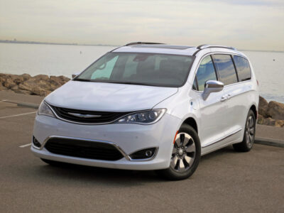 Family vehicle - 2017 Chrysler Pacifica Hybrid