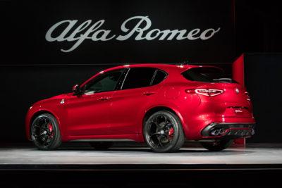Alfa Romeo Stelvio debuts