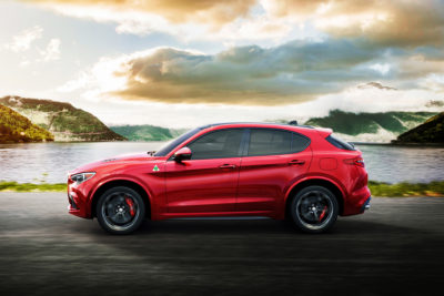 Alfa Romeo Stelvio side motion