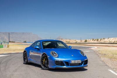 22017 Porsche 911 Carrera 4 GTS