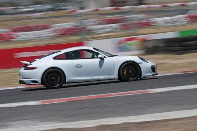 2017 Porsche 911 Carrera 4 GTS