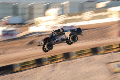 Ronnie Fung off-road
