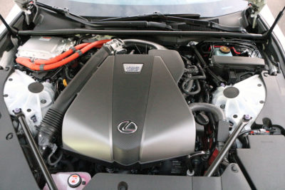 2018 Lexus LC 500h engine