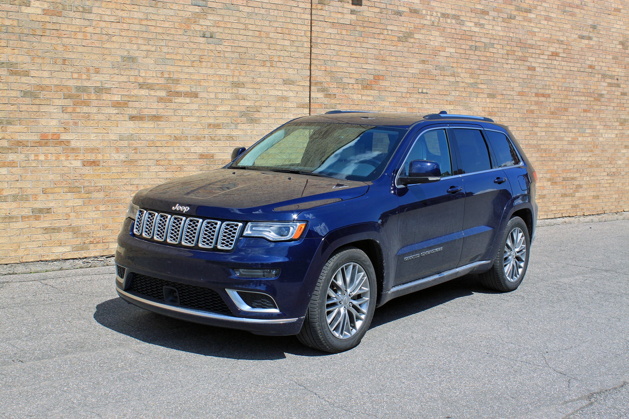 2018 Jeep Grand Cherokee Summit >> Test Drive 2018 Jeep Grand Cherokee Summit Vicariousmag Com