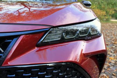 2019 Toyota Avalon XSE headlight