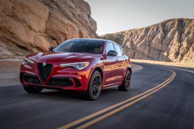 2020 Alfa Romeo Stelvio-1