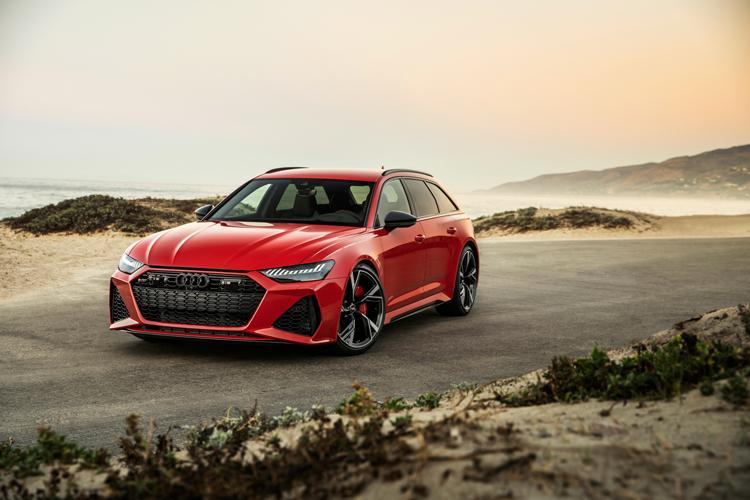2020-Audi-RS-6-Avant-1a