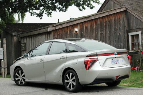 2019-Toyota-Mirai-1