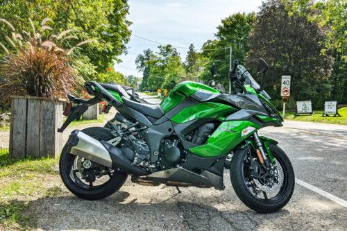 2020-Kawasaki-Ninja-1000SX-