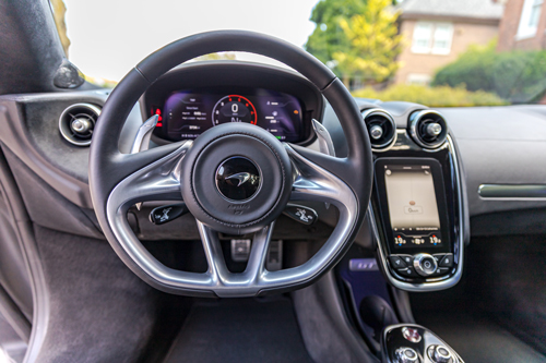 2020-McLaren-570GT-dash