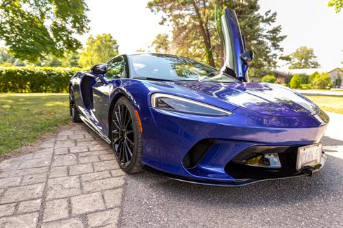 2020-McLaren-570GT-front