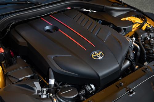 2020-Toyota-Supra-engine