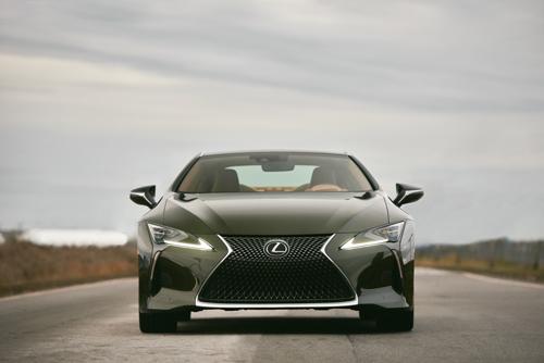 2021-Lexus-LC500-Front