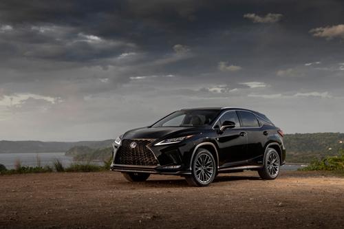 2021-Lexus-RX-450H-side