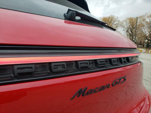 2021-Porsche-Macan-GTS