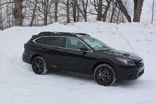 2021-Subaru-Outback-XT-side