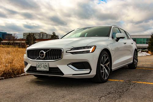 2021-Volvo-V60-T8-Inscription-6