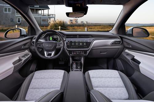 2022-Chevrolet-BoltEUV-2