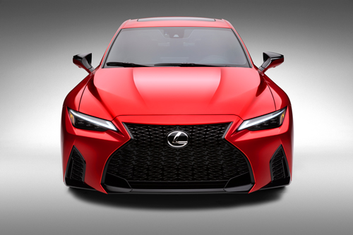 2022-Lexus-IS-500-3