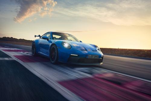 2022-Porsche-GT3-7