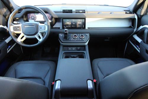2020-Land-Rover-Defender-P400-interior