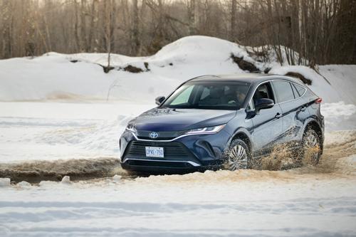 2021-Toyota-Venza