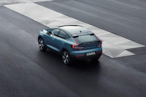 2021-Volvo-C40-Recharge-1