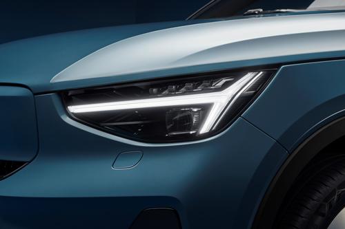 2021-Volvo-C40-Recharge-7