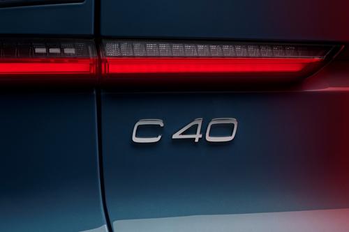 2021-Volvo-C40-Recharge-8