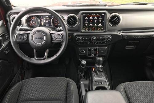 2021-Jeep-Wrangler-80th-interior-14