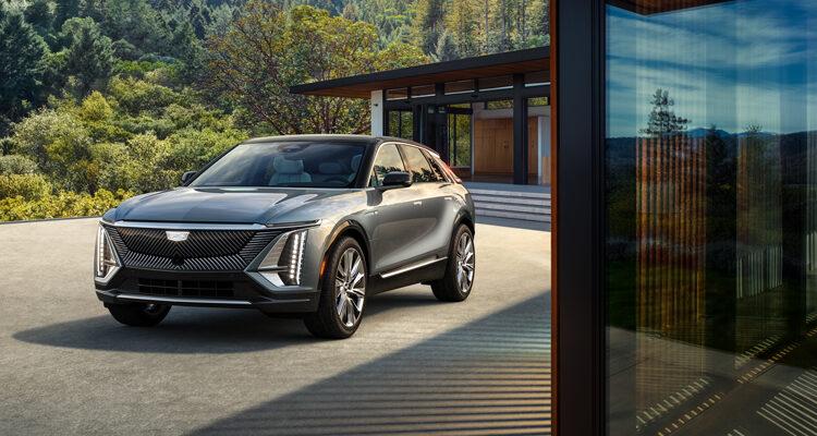 2023-Cadillac-LYRIQ-front