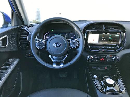 2021-Kia-Soul-EV-Limited-interior-12