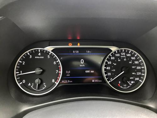 2021-Nissan-Sentra-SR-Interior-14
