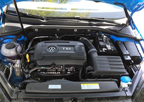 2021-Volkswagen-GTI-engine