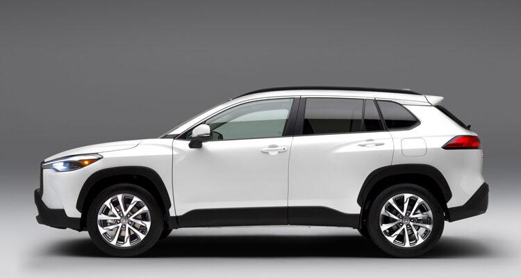 2022-Toyota-Corolla-Cross-1