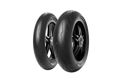 Pirelli-Diablo-Rosso-IV-Tires-1