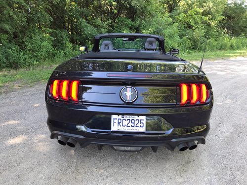 2021-Ford-Mustang-EcoBoost-Convertible-3