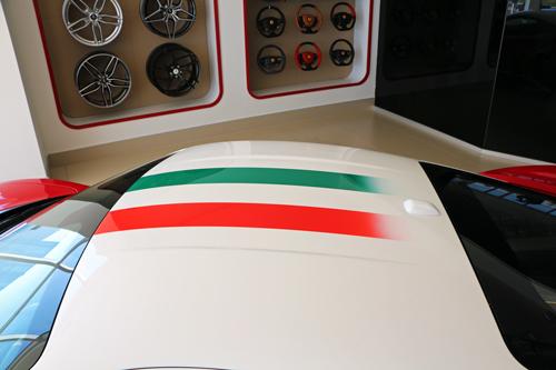 Ferrari-Pista-15
