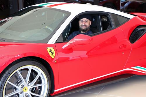 Ferrari-Pista-4