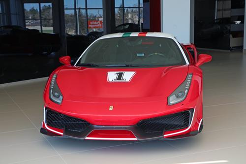 Ferrari-Pista-8