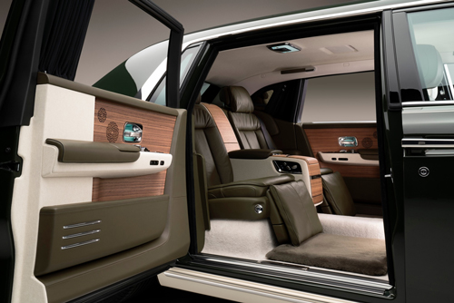 Phantom-Oribe-A-bespoke-Rolls-Royce-Phantom-in-collaboration-with-Hermes