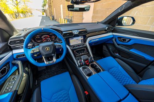 2021-Lamborghini-Urus-17