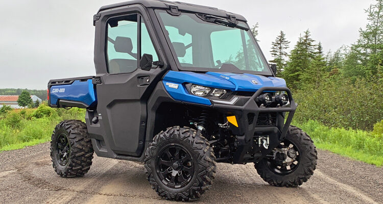 2021-Can-Am-Defender-Limited-HD10-front