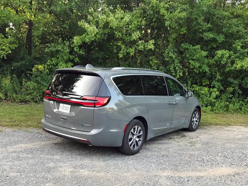 2021-Chrysler-Pacifica-Hybrid-rear-side