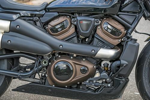 2021-Harley-Davidson-Sportster-S-engine