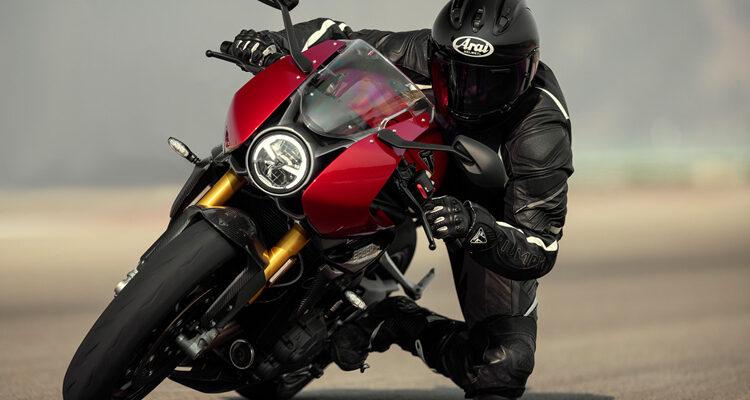 2022-Triumph-Speed-Triple-1200-RR-1
