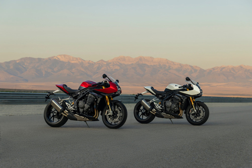 2022-Triumph-Speed-Triple-1200-RR-3