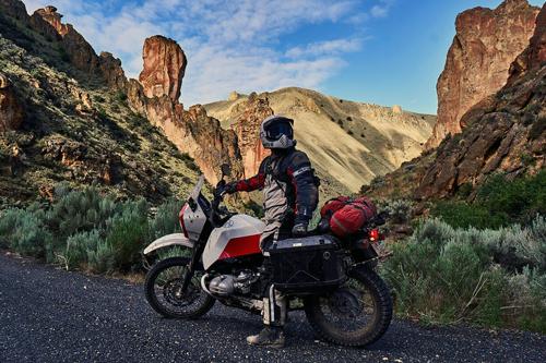 Saku-Moto-backroads-motorcycle