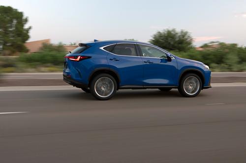 2022-Lexus-NX-350h-side
