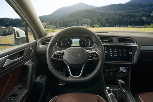 2022-VW-Tiguan-dash